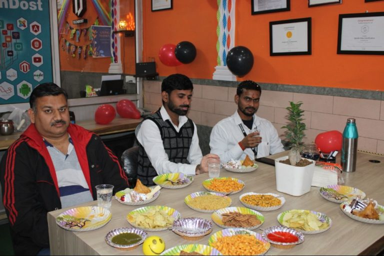 techdost-birthday-guest-company-office-celebration-meerut-delhi-ncr (3)