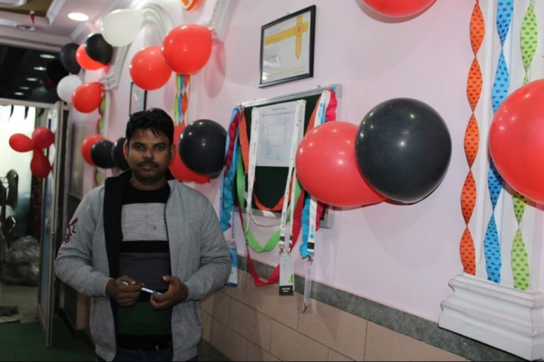 techdost-birthday-guest-company-office-celebration-meerut-delhi-ncr (4)