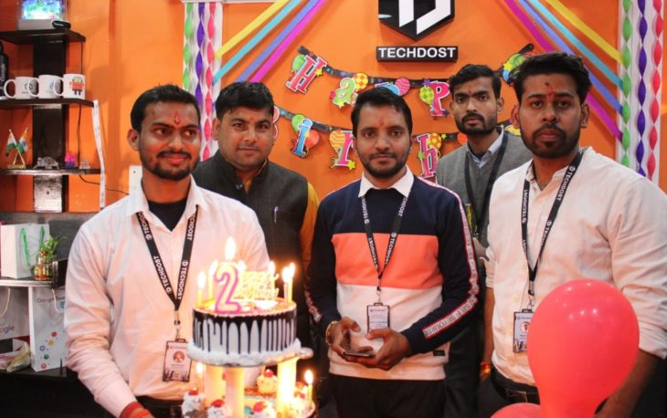 techdost-team-birthday-party-celebration-website-design-company-office-delhi-ncr-meerut (5)